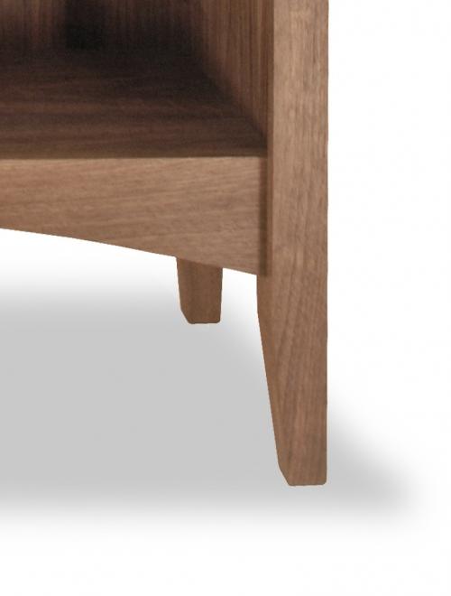Bookcase Canterbury Shakerr 2 Walnut detail 2