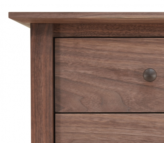 Nightstand Canterbury 3 Drawer Walnut detail 3