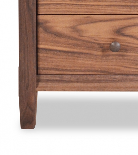 Nightstand 3 Drawer Shaker Walnut Detail 2