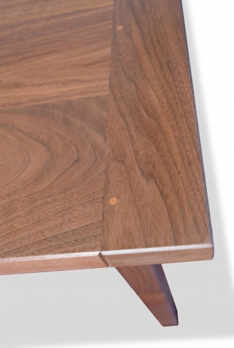 Table Harvest Style With Bread Board End Shaker Walnut