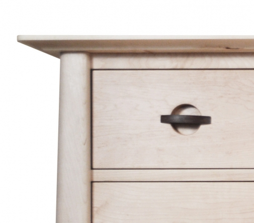 Gents Chest Harvestmoon Maple Detail 1
