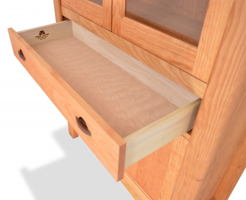 Cupboard Harvestmoon Cherry detail 3